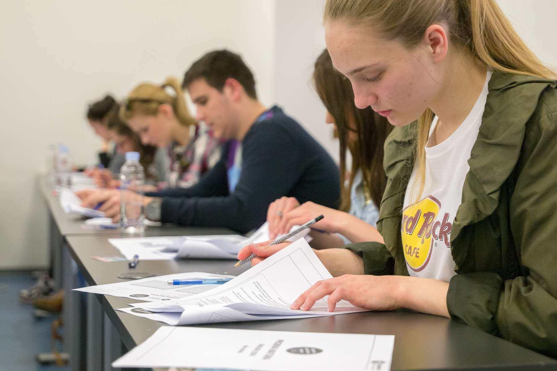Preko 3 500 učenika prijavilo se na besplatno testiranje ispita mature