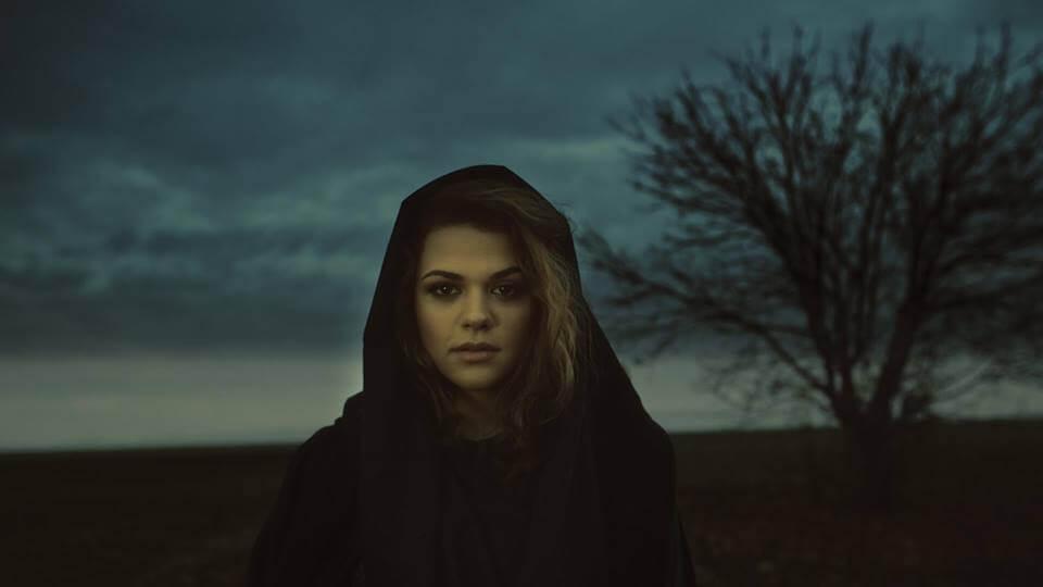 [VIDEO] Tinejdžerica čarobnog glasa Iva Ćurić snimila prvi singl i spot