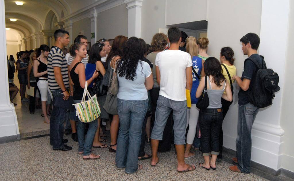 Student servisi ne prihvaćaju potvrde o statusu studenta preuzete iz sustava e-Građani