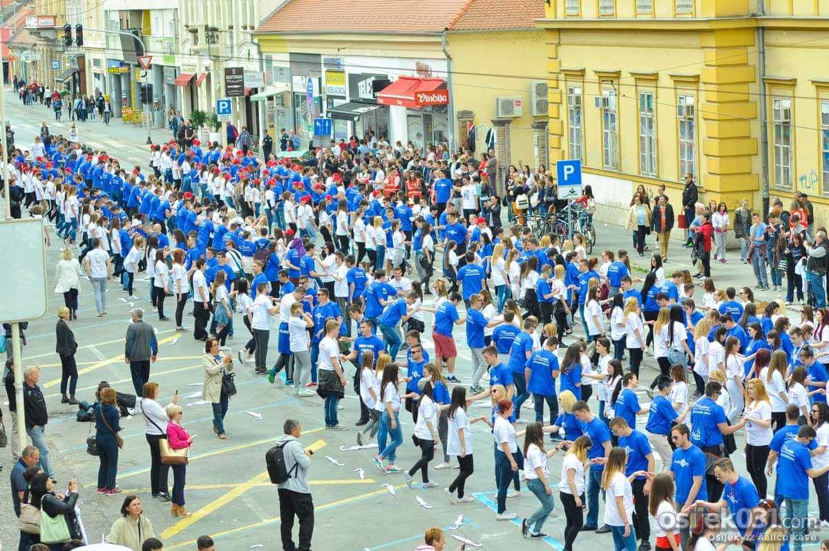 [Foto] Pogledajte veličanstvenu Quadrillu u Osijeku!