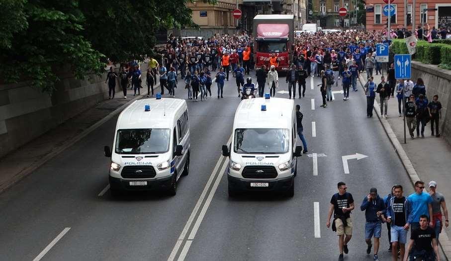Na norijadi u Zagrebu uhićeno 9 maturanata, a zbog ispisivanja ustaških simbola u Rijeci će posla imati i sud