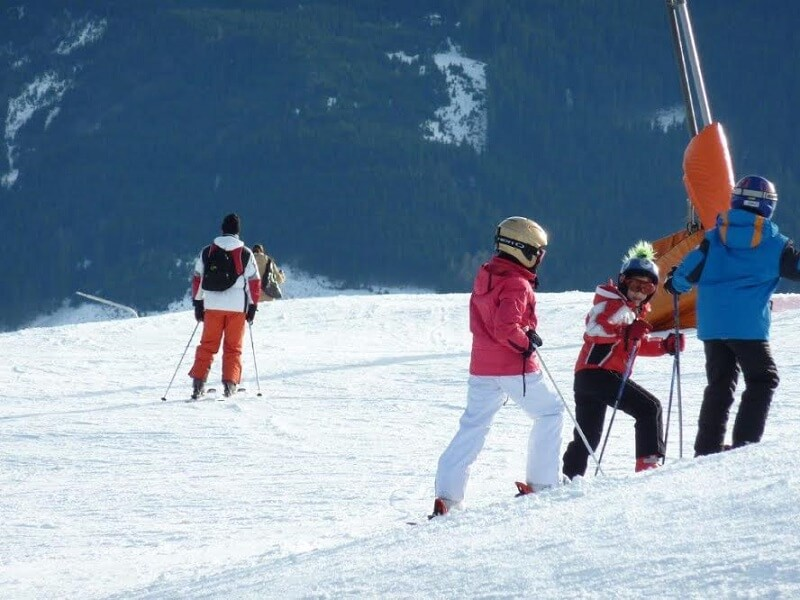 Tko ide na skijanje, ne mora u školu