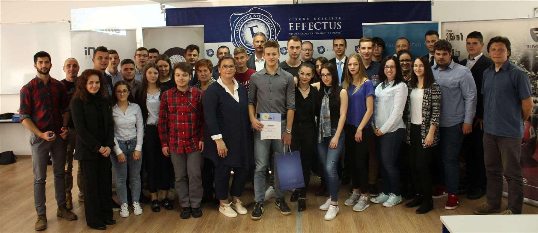 U finalnom natjecanju V. izdanja Ideje godine, pobjedu odnio Ante Toni Debelić s futurističkim projektom GrowCity