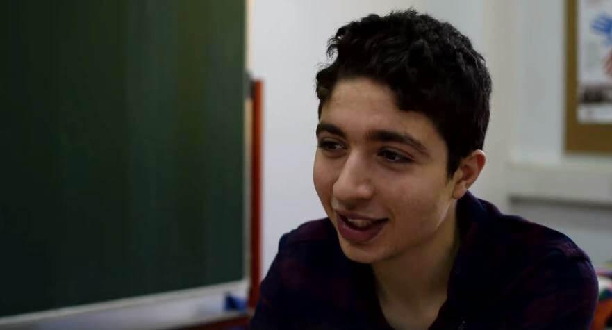 Upoznajte Wasima iz Sirije, izuzetnog učenika I. gimnazije:Za samo 6 mjeseci savladao jehrvatski jezik,na kojemu danas sluša sve predmete