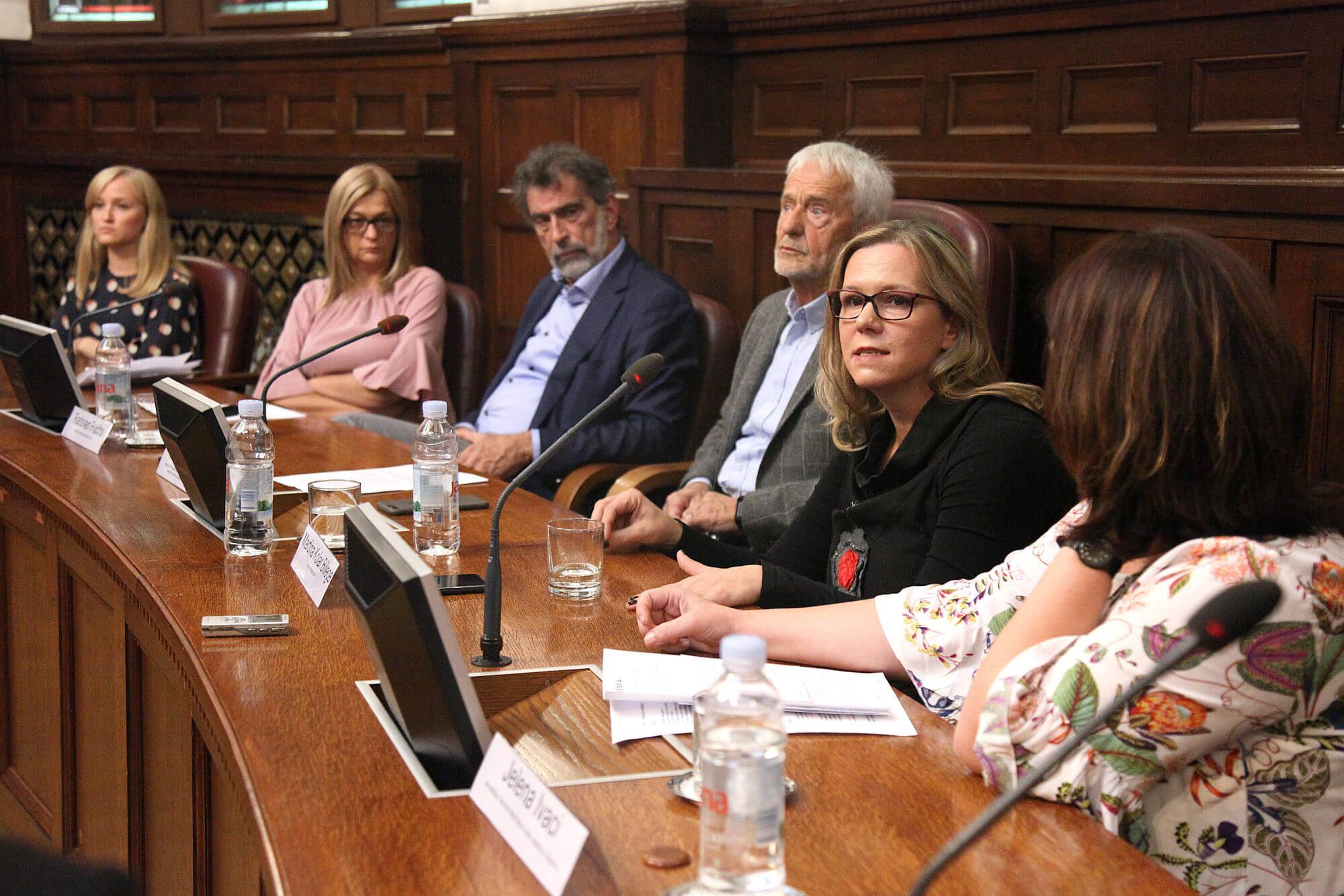 Grupacija nakladnika školskih udžbenika: Ministarstvo nas nije uključilo u izradu novog Zakona o udžbenicima