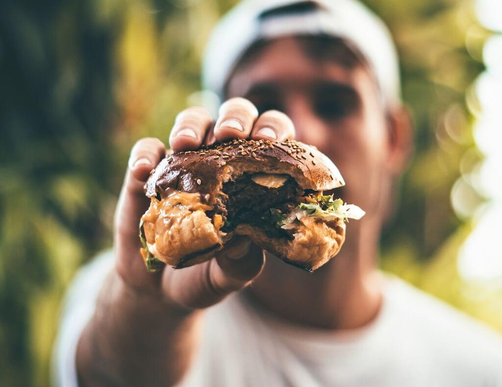 [Zadatak dana] Šibenski kvizaši imaju zanimljivo pitanje za ljubitelje brze hrane i društvenih mreža