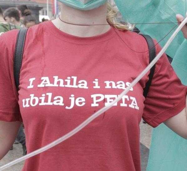 [FOTOGALERIJA] Najbolji natpisi na majicama s posljednjih pet norijada u Zagrebu