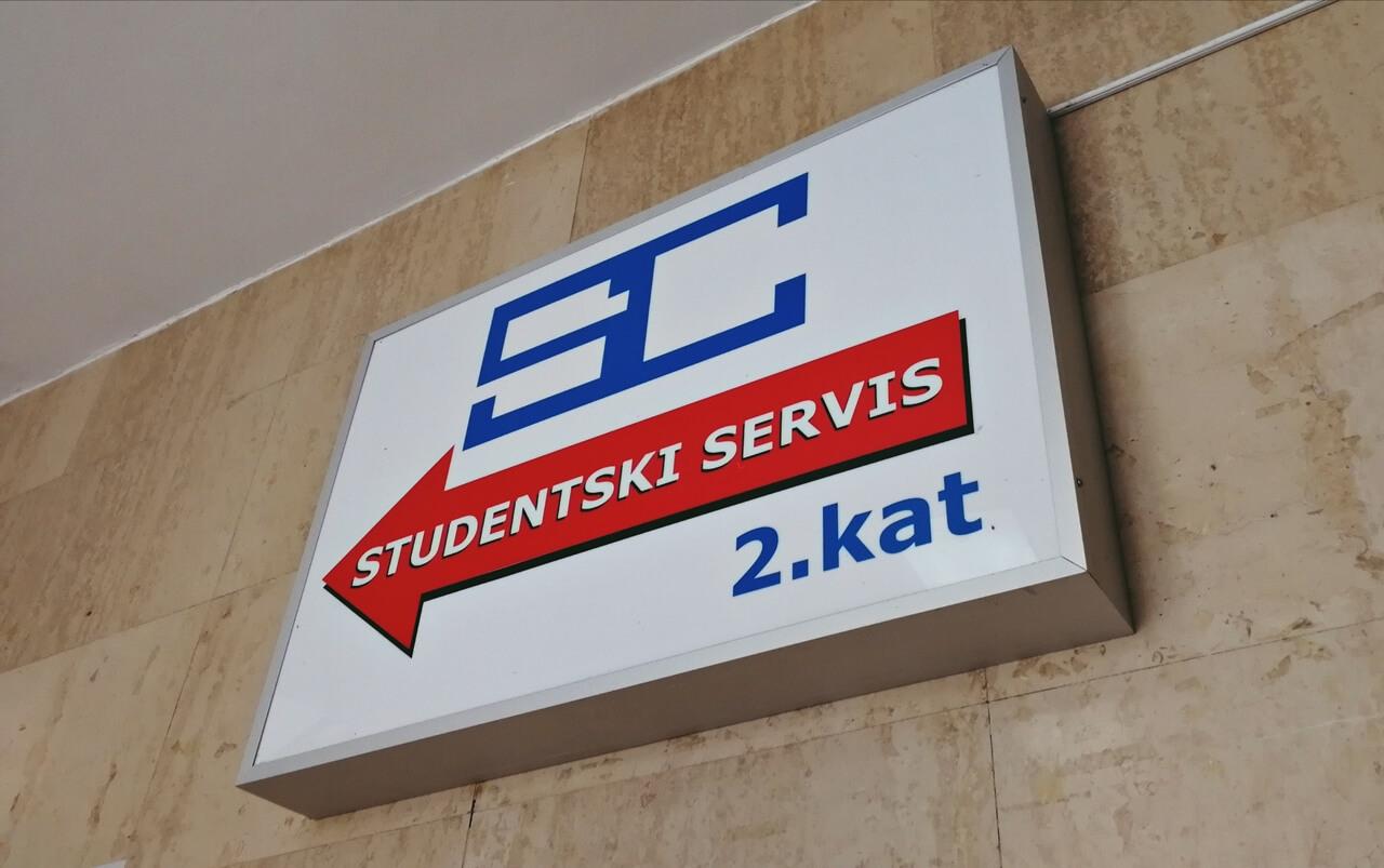 Brojni studenti ostali bez prihoda, za njih nema potpora države: 'Otkad sam upisala faks, sama se financiram'