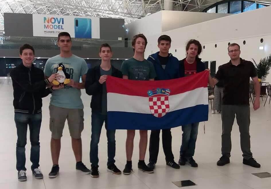 Naši učenici rasturili na Međunarodnoj matematičkoj olimpijadi: Doma donose tri bronce