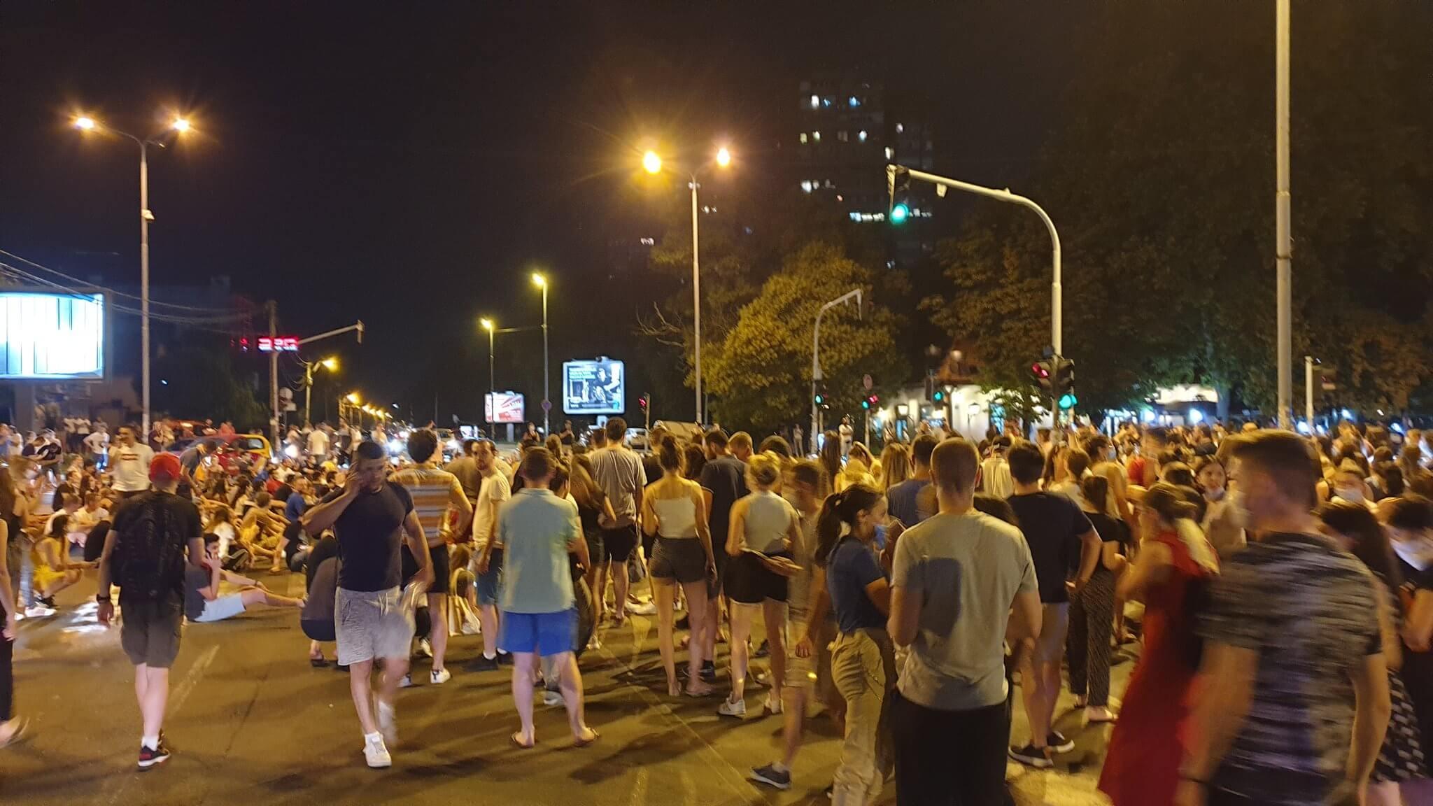 Vučić najavio da će zbog korone iseliti studente iz domova: Oni uzvratili velikim prosvjedima