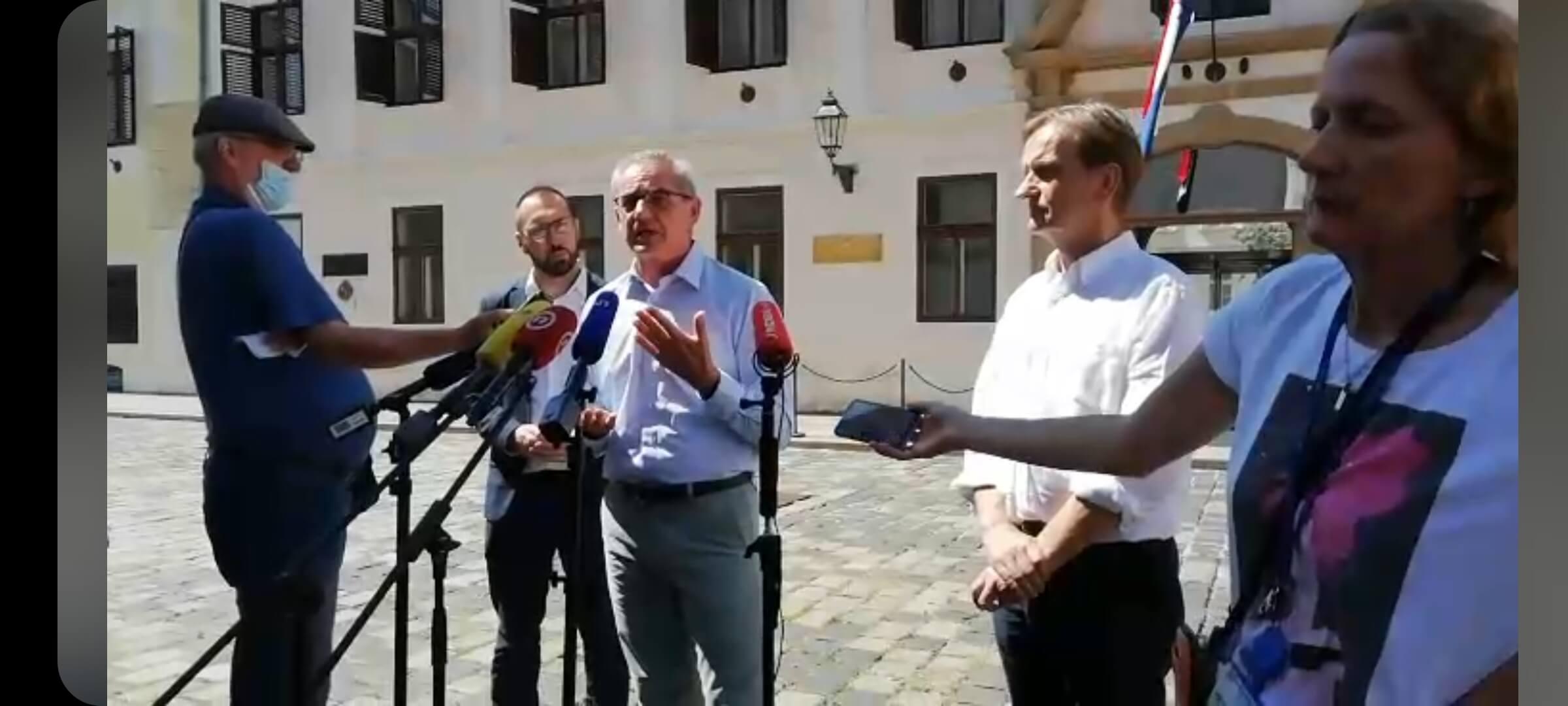 Tomašević (Možemo!): Vlada se ponaša kao najgori učenik pred ispit