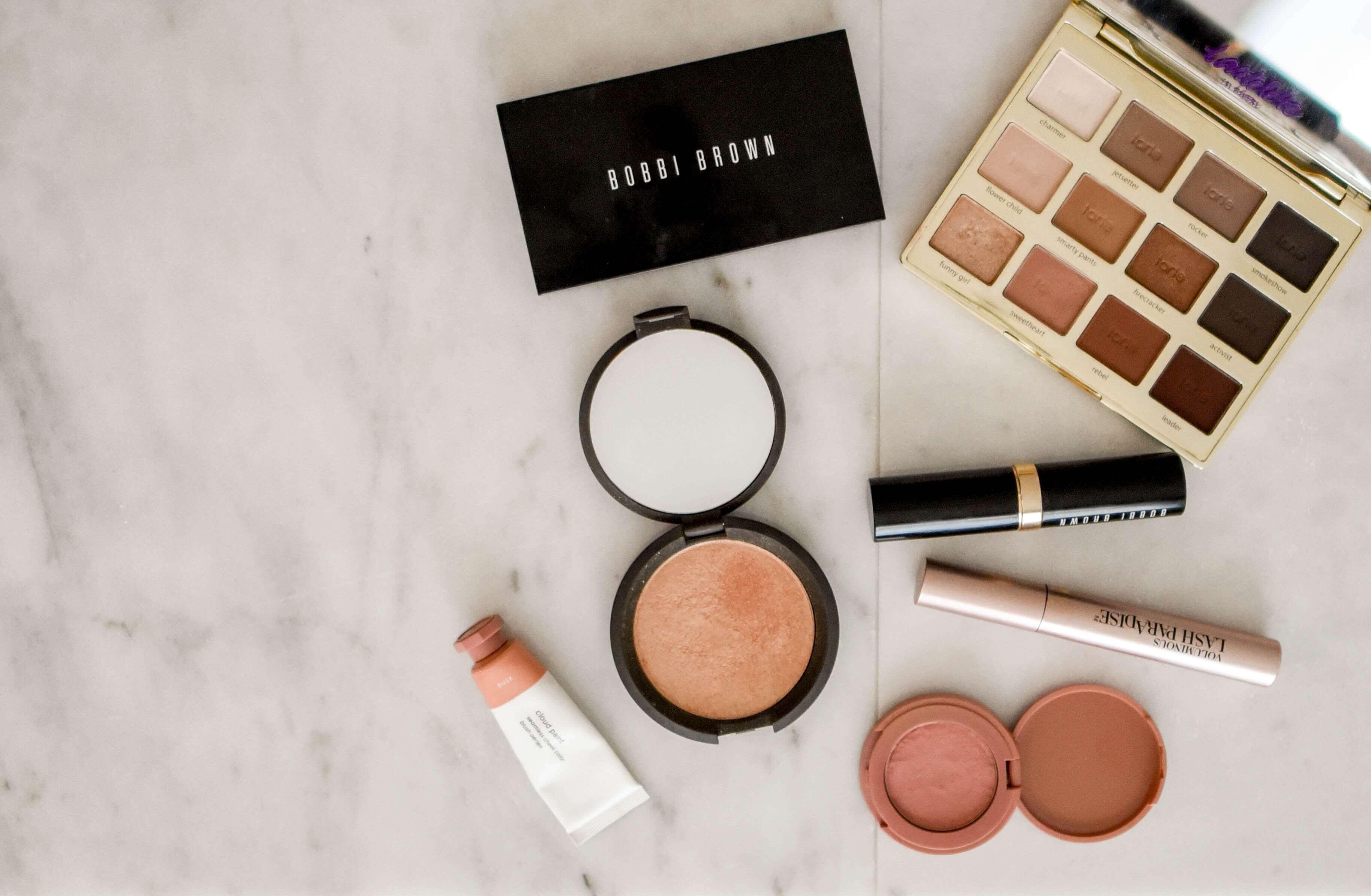 Za sve koji se vole šminkati: Znate li da vaša šminka ima rok trajanja?