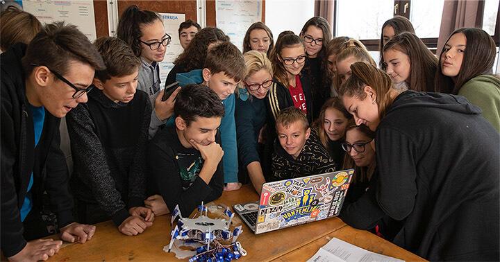 Učenici će razvijati umjetnu inteligenciju: Traže se škole budućnosti