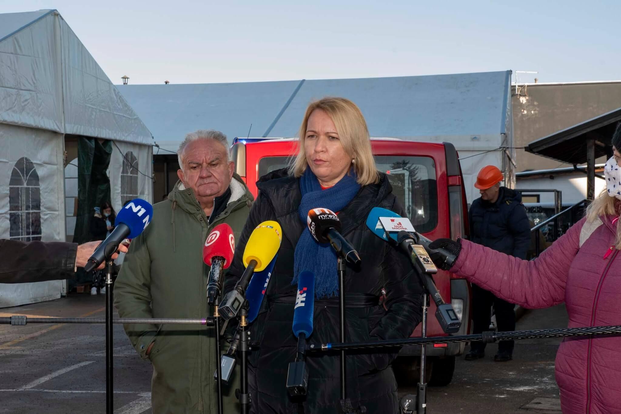 Gradonačelnica Siska: 'Nemoguće je organizirati nastavu, mnogi učitelji su zatražili plaćeni dopust'