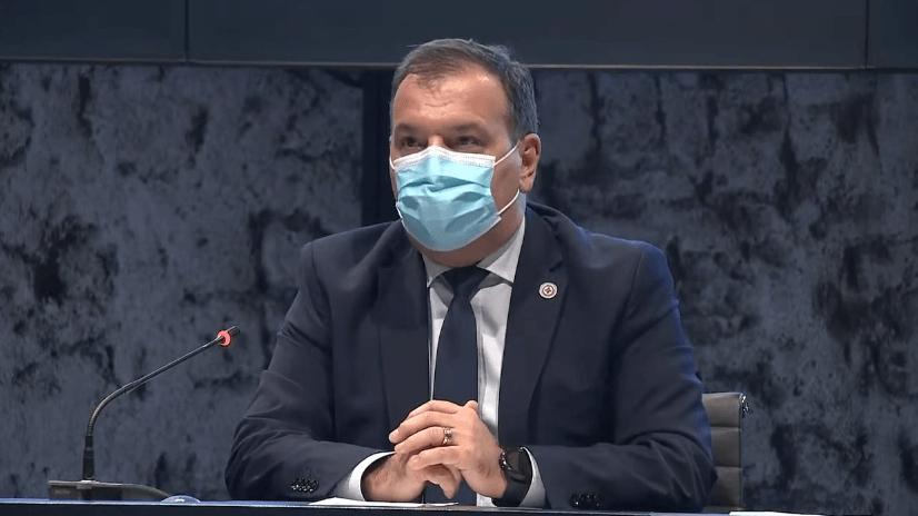 Beroš traži očitovanje KBC-a zbog cijepljenja Borasa: 'Najugroženiji apsolutno moraju imati prioritet'