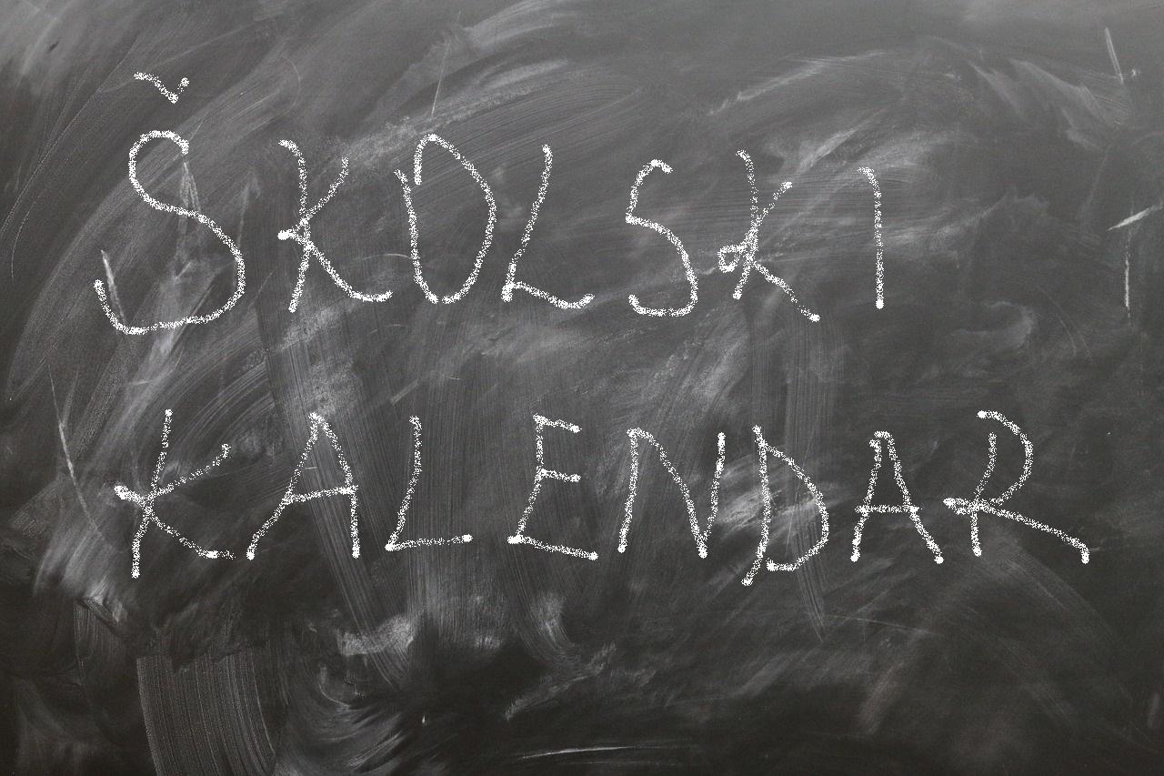 Školski kalendar s praznicima za 2021./2022. školsku godinu