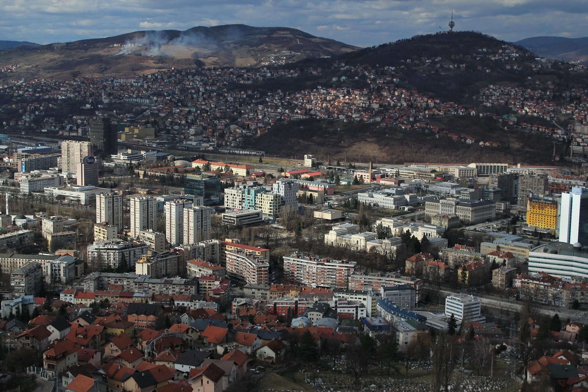 U Sarajevu ubijen tinejdžer: Petero napadača uhićeno, policija još traga za dvojicom