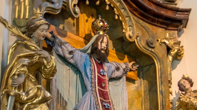 Frauen Am Kreuz Wie Eine Heilige Mit Bart Zur