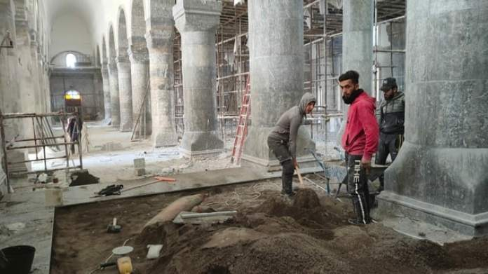 Renovation work on the Al Tahira Church in Qaraqosh, which was devastated by IS: the church has been rebuilt for a year.  With a view to the Pope's visit in March 2021, work has been accelerated.