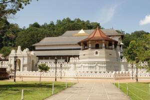 Kandy Sri Lanka World Heritage Sri Lankan Riders