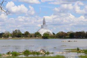 kandy sigiriya dambulla heritage tour sri lanka