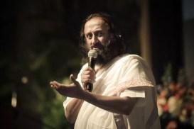 जल्लीकट्टू – आपण तामिळनाडूत सर्वसामान्य परिस्थिती परत आणू या | Jallikattu - Let us bring normalcy to Tamil Nadu