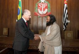 Governor of São Paulo, Brazil Meets with Sri Sri