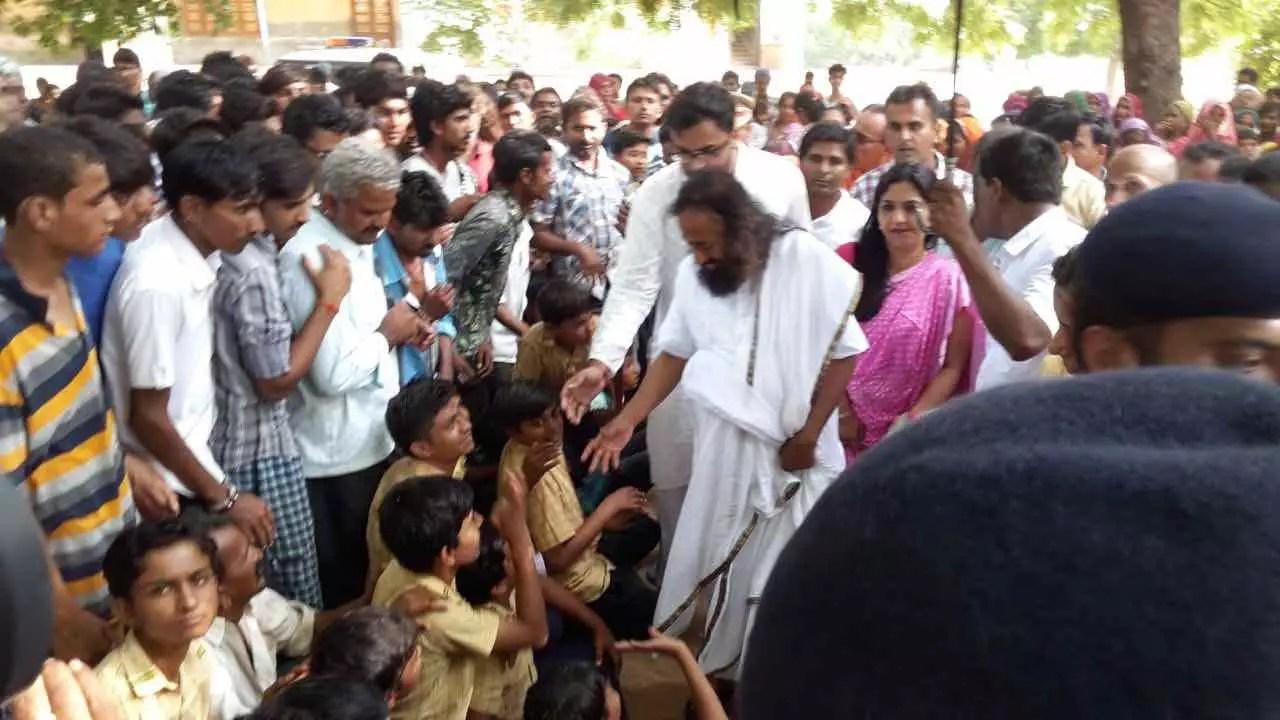 sri sri ravi shankar meets gujarat flood victims official website