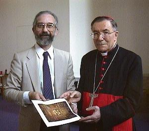 Barry Schwortz e il Cardinale Saldarini