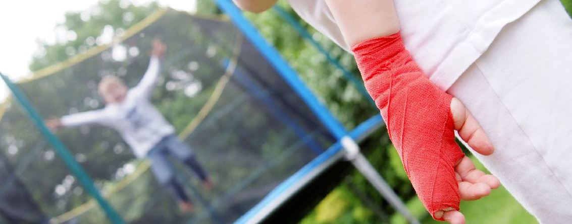 Between 2008 and 2017, the incidence of trampoline-related fractures increased by an average of 3.85% in the US, and the driver behind those increases are trampoline injuries outside of the home at places of recreation or sport, according to new research.