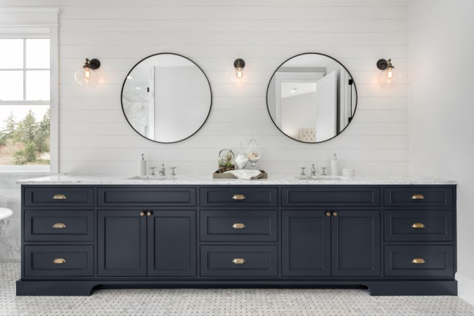 vanity featuring mixed metal finishes