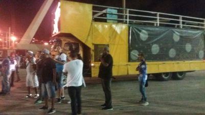 Bateria da Vila ensaia no Setor 11. Foto: Machine.