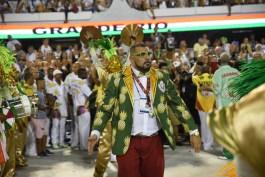 Thiago Diogo no desfile da Acadêmicos do Grande Rio de 2018. Foto: Juliana Dias/SRzd