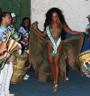 Camila Silva é coroada rainha de bateria da Unidos dos Morros. Foto: Divulgação - Antônio Carlos