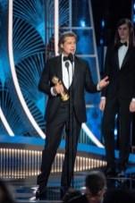 """Brad Pitt recebeu o Globo de Ouro de melhor ator coadjuvante por """"Era Uma Vez em... Hollywood"""" (Foto: Divulgação / Crédito: HFPA Photographer)."""