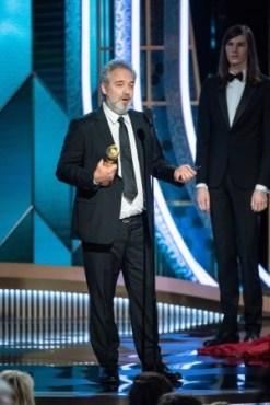 """""""1917"""" rendeu a Sam Mendes seu segundo Globo de Ouro de melhor direção (Foto: Divulgação / Crédito: HFPA Photographer)."""