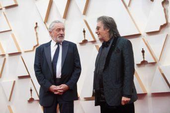 """Robert De Niro e Al Pacino, de """"O Irlandês"""", no tapete vermelho (Foto: Divulgação – Crédito: Nick Agro / ©A.M.P.A.S.)."""