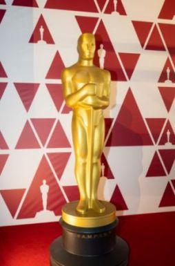 Estatueta no National Film Theatre, BFI Southbank, sede de apoio do Oscar 2021 em Londres (Foto: Divulgação – Crédito: Paul Clarke / ©A.M.P.A.S.).