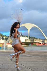 Lilian Brito, rainha de bateria da Unidos da Ponte. Foto: João Torres