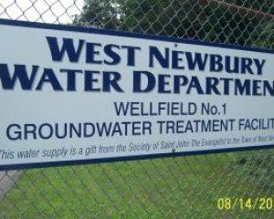 wellfield sign 002