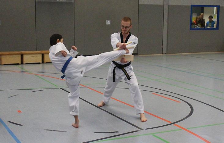 SSK-Taekwondo-Team: Kup-Prüfung am 03. Februar 2019   Bruchtest