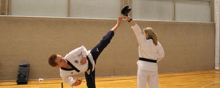 Taekwondo Kerpen: Das ist die koreanische Kampfkunst Taekwondo