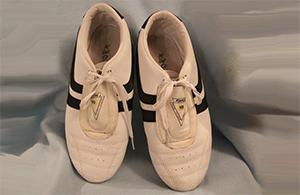 Taekwondo Kerpen: So sehen die klassischen Schuhe für das Taekwondo aus- Schuhe beim Taekwondo-Training