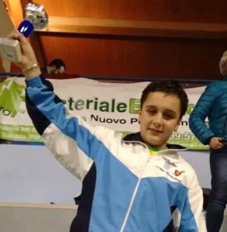 """Anguillara Sabazia, 04.01.2015 II prova Interregionale GPG - Damiano Esposito 2° classificato nella categoria """"Giovanissimi"""" di spada."""