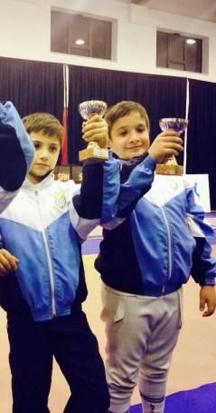 14.02.2014 - I piccolini della S.S. Lazio Scherma ad una gara promozionale per le prime lame di sciabola: da sinistra Giovanni Michetti e Filippo Monteferri (Foto Romina Biaggi)