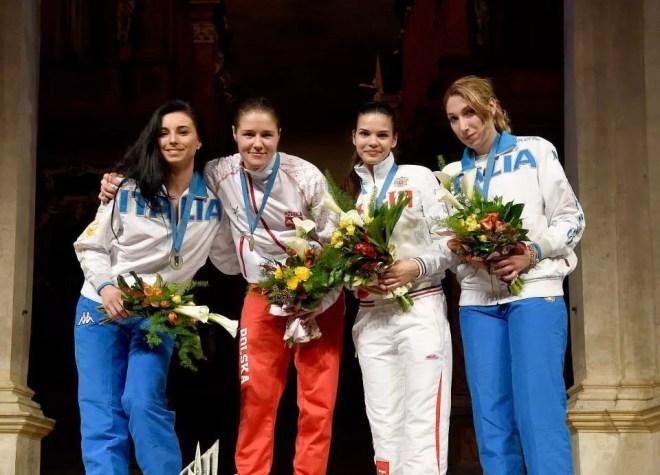 Vicenza 22.04.2015 Europeo Under23 Il podio della Sciabola femminile: 1. Watora (Pol), 2. Navarria (ITA), 3. Sukhova (Rus), 3. Ciaraglia (ITA), (foto Bizzi per Federscherma)