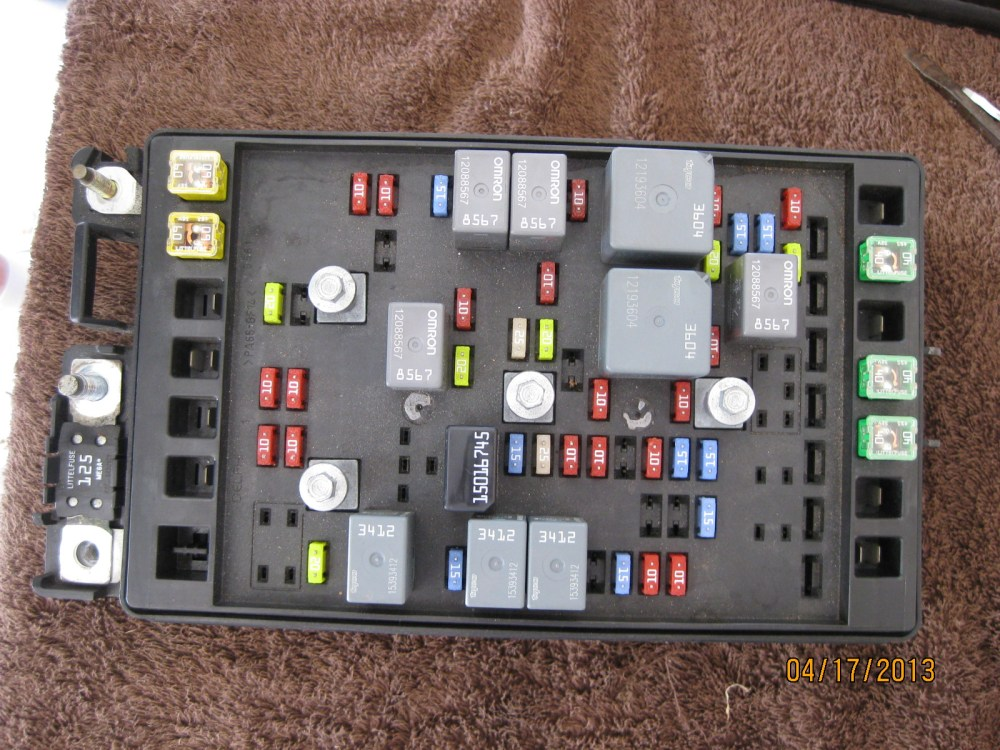 medium resolution of main engine fuse box problem pictures chevy ssr forum 2011 traverse fuse box chevy fuse box