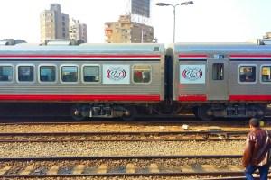 """تعطل قطار """"VIP"""" لمدة 11ساعة في مدينة العياط .. وراكب: «السواق مشي»"""