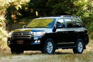 أسعار ومواصفات سيارة تويوتا لاندكروزر 2017