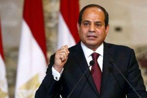 بالفيديو:السيسي يستقبل المنتخب المصري في المطار